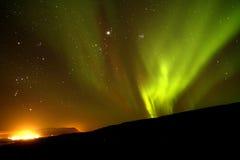 Aurora boreal iluminada foto de archivo libre de regalías