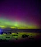 Aurora boreal no Lago Ladoga em abril de 2016 fotos de stock