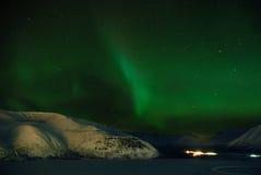 """Aurora Borealis â""""–1. Aurora polaris above a mountain royalty free stock images"""