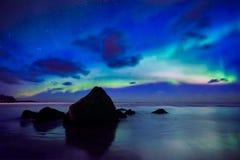Aurora Borealis Northern-lichten De Eilanden van Lofoten, Noorwegen stock fotografie