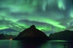 Aurora Borealis y x28; lights& septentrional x29; de Lofoten, Noruega Fotos de archivo