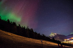 Aurora Boreals sopra Banff Immagine Stock Libera da Diritti