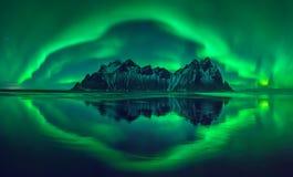 Aurora de Vestrahorn fotos de stock