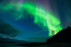 Aurora en el lago imágenes de archivo libres de regalías