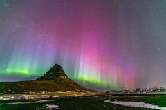 Aurora Islandia de la luz septentrional imágenes de archivo libres de regalías