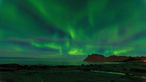 Aurora sobre el timelapse del mar metrajes