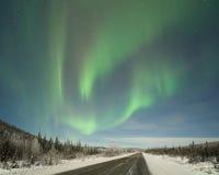 Aurora sobre a estrada de Elliot Imagem de Stock Royalty Free