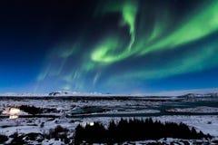 Aurora in Thingvellir, Island Lizenzfreie Stockfotos