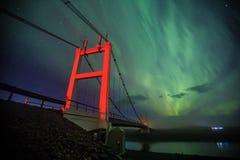 Auroral över glaciärlagun Jokulsarlon i Island royaltyfria foton