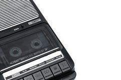 Aus alter Zeit Tischplattenart Kassettenrecorder auf weißem lokalisiertem backgr stockfotografie