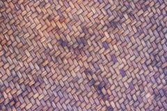 Aus Weiden geflochtene alte Bambusbeschaffenheit und Hintergrund wird als Material f benutzt Stockfotos