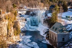 Ausable Chasm Building - Keeseville, NY. Snow and icicles cover Ausable Chasm, a 2 mile gorge in the Adirondacks of Upstate New York known as the Grand Canyon of Stock Photo