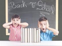 Ausbildung und zurück zu Schulekonzept Stockbilder