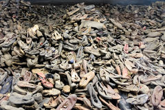 Auschwitz mim - sapatas de Birkenau fotografia de stock royalty free
