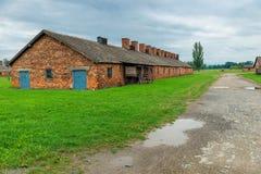 Auschwitz, Polen - 12. August 2017: Ansicht einer Ziegelsteinhütte in Konzentrationslager Auschwitz Birkenau Stockfotografie