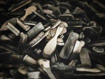AUSCHWITZ POLEN - SEPTEMBER 2, 2017 Hårborstar som kommas med av Auschwitz fångar till koncentrationsläger, Auschwitz, Polen Arkivbilder