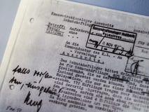 AUSCHWITZ POLEN - SEPTEMBER 2, 2017 Tyskt officiellt dokument för Auschwitz koncentrationsläger, Auschwitz, Polen Royaltyfri Fotografi