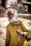 Ausdruck des alten indischen Mannes lizenzfreie stockfotos