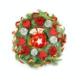 Ausdrucksvoller WeihnachtsWreath auf Weiß Stockfoto