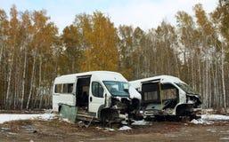 Auseinandergebaute Autos nach dem Unfall Stockfotografie