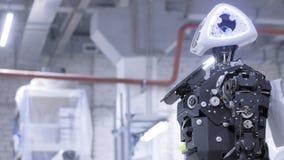 Auseinandergebauter Roboter in der Produktion Der Roboter ist zur Versammlung, es pr?ft alle Systeme bereit Anlage f?r die Produk lizenzfreie stockfotografie