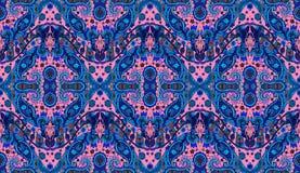 Ausführliches Blumen- und Paisleys nahtloses Muster Stockfotos