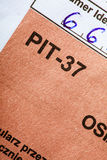 Ausfüllen polnisches einzelnes Steuerformular PIT-37 für Jahr 2013 Lizenzfreie Stockfotografie