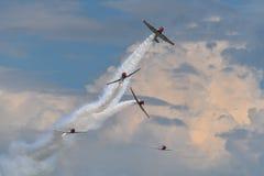 Ausfallende Airshow-Himmel-Verfasser stockfotografie