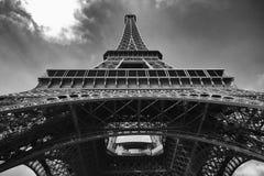 Ausflug Eiffel von der Unterseite Lizenzfreies Stockfoto