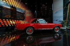 Ausgabe W113, 1968 Sportauto Mercedes-Benzs 280SL Concours Lizenzfreie Stockfotos