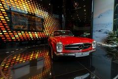 Ausgabe W113, 1968 Sportauto Mercedes-Benzs 280SL Concours Lizenzfreies Stockfoto