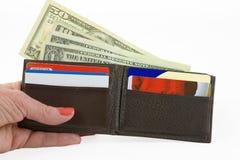Ausgeben des Geldes stockbilder