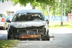 Ausgebranntes Auto Stockfoto