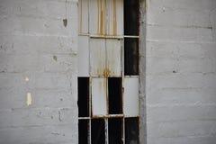 Ausgebrochene Glasfenster lizenzfreies stockfoto