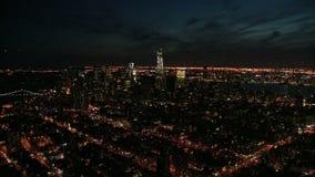 Ausgedehnte Ansicht von nyc nachts stock video footage