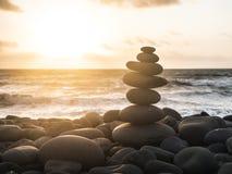 Ausgeglichene Steine lizenzfreie stockbilder