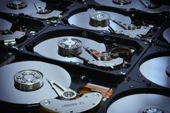 Ausgerichtete offene Festplatten-Computer-Antriebe Lizenzfreie Stockfotos