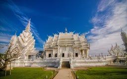 Ausgezeichnet großartige weiße Kirche Wat Rong Khun Lizenzfreies Stockfoto
