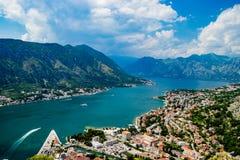 Ausgezeichnete Ansicht von Kotor-Bucht Montenegro Stockbilder