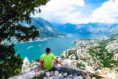 Ausgezeichnete Ansicht von Kotor-Bucht Montenegro Stockbild