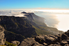 Ausgezeichneter Sonnenuntergang über dem Tafelberg Lizenzfreies Stockbild