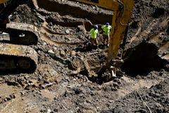 Ausgrabung eines enormen Lochs stockfotografie
