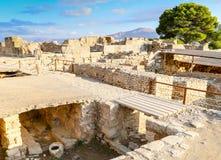 Aushöhlungen in Phaistos Stockbild