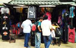 Ausländer in Petalings-Straße Kiloliter lizenzfreie stockfotografie