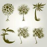 Auslegungen mit dekorativem Baum von den Blättern Stockbild
