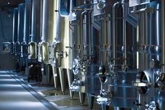 Ausrüstung der Weinkellereifabrik Stockbild
