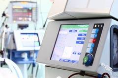 Ausrüstung im Service von Medizin Stockfotografie