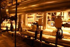Ausrüstung, Seilzüge und Rohrleitung Stockfotos