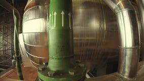 Ausrüstung, Seilzüge und Rohrleitung stock video