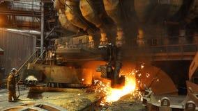 Ausrüstung und Maschinen in der metallurgischen Anlage Große Pumpen und Rohrleitungen Stationäres Maschinenöffnen Lizenzfreie Stockfotografie